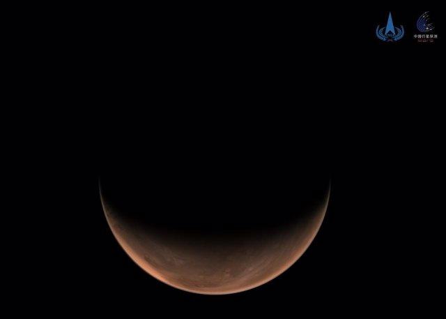 Imagen lateral de Marte tomada por Tianwen 1