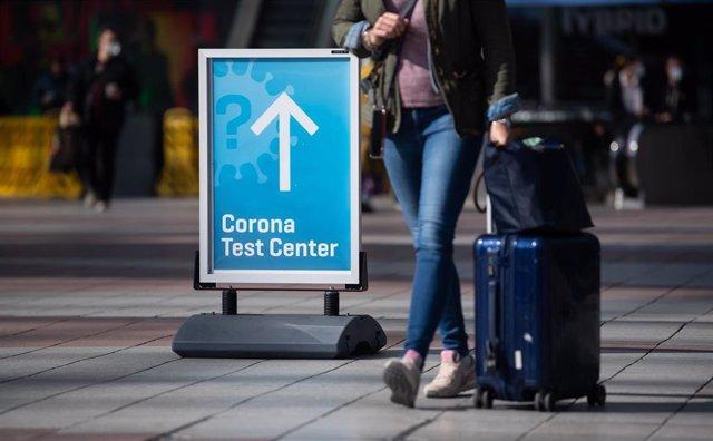 Pruebas de coronavirus en un aeropuerto alemán