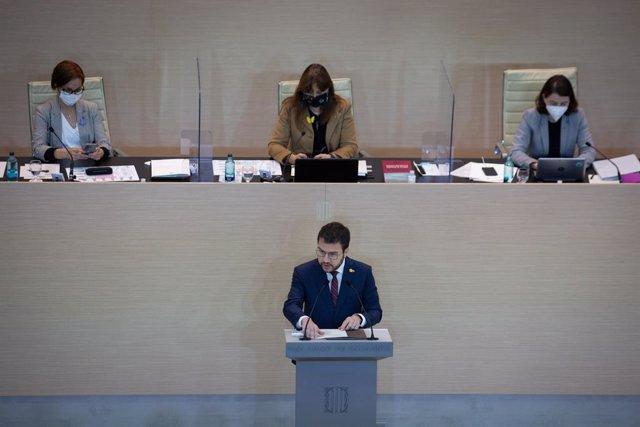 El vicepresident de la Generalitat en funcions i candidat d'ERC a la Presidència, Pere Aragonès, intervé en la primera sessió del debat d'investidura a la presidència de la Generalitat de Catalunya, en el Parlament, Barcelona, Catalunya, (Espanya),