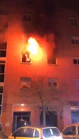Incendio en una vivienda del barrio pamplonés de Mendillorri