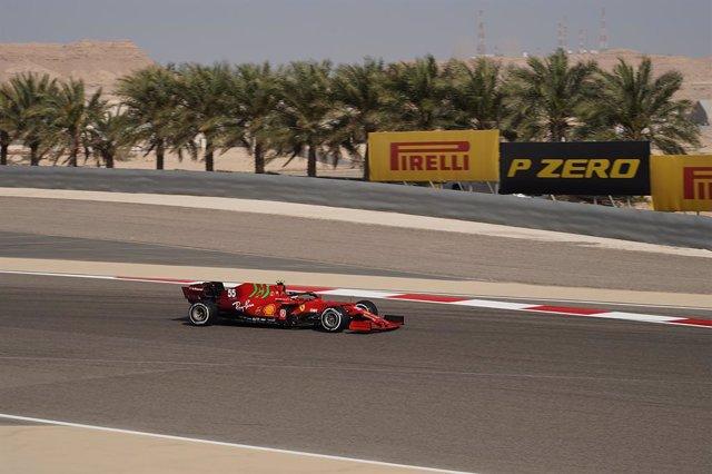 27 March 2021, Bahrain, Sakhir: Spanish Formula One driver Carlos Sainz Jr of team Scuderia Ferrari in action during the third practice of the Formula One 2021 Bahrain Grand Prix at the Bahrain International Circuit. Photo: Hasan Bratic/dpa
