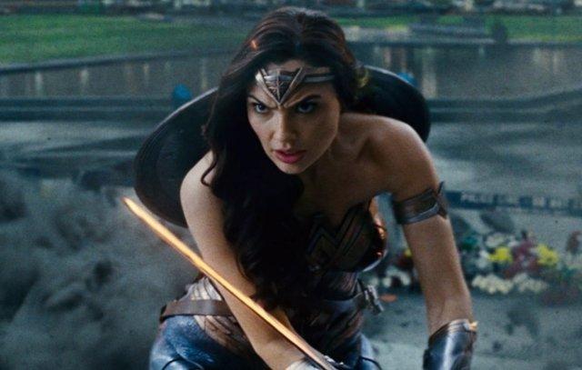 Tremendo error de Wonder Woman y Superman en el Snyder Cut de Liga de la Justicia