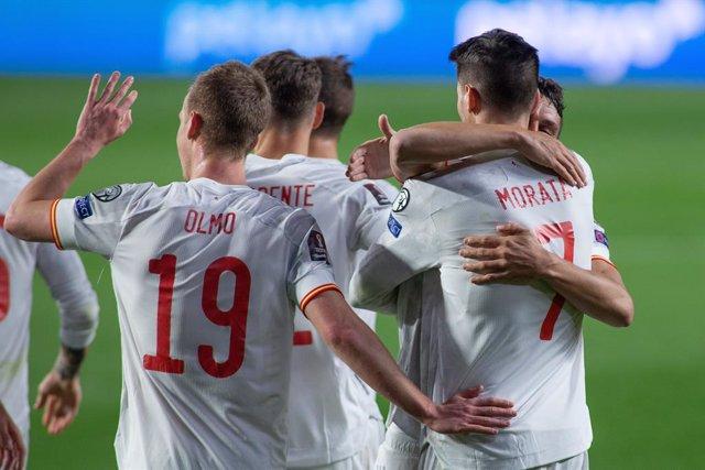 Celebrate score of Alvaro Morata of Spain during the FIFA World Cup 2022 Qatar qualifying match between Spain and Greece at Estadio Nuevo Los Carmenes on March 25, 2021 in Granada, Spain.