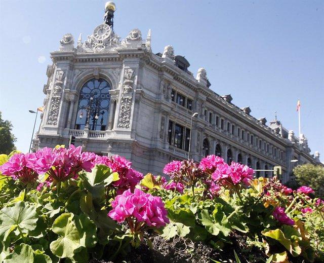 Archivo - Fachada de la sede del Banco de España en Madrid.