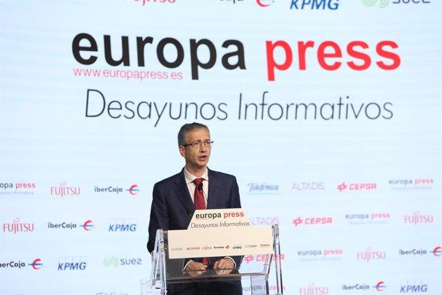 El governador del Banc d'Espanya, Pablo Hernández de Cos, intervé durant un Esmorzar Informatiu d'Europa Press aquest dilluns.