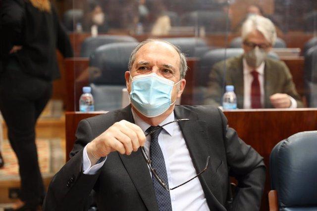 Archivo - El portaveu del PSOE a la Comunitat de Madrid, Ángel Gabilondo (Arxiu)