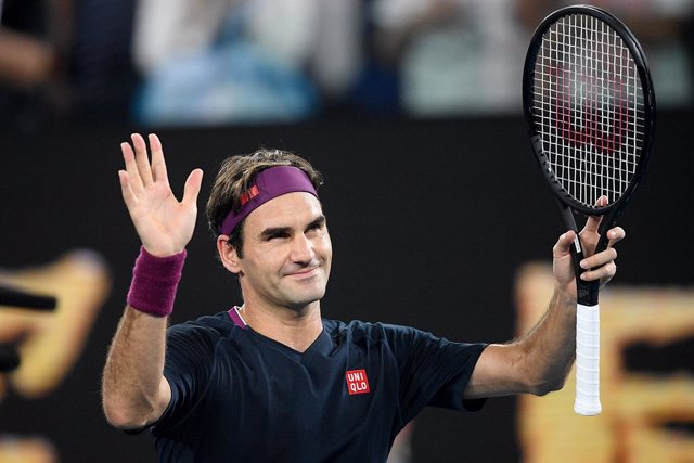 Archivo - Roger Federer of Switzerland celebrates after winning his second round match against Filip Krajinovic of Serbia on day three of the Australian Open tennis tournament at Rod Laver Arena in Melbourne, Wednesday, January 22, 2020. (AAP Image/Lukas