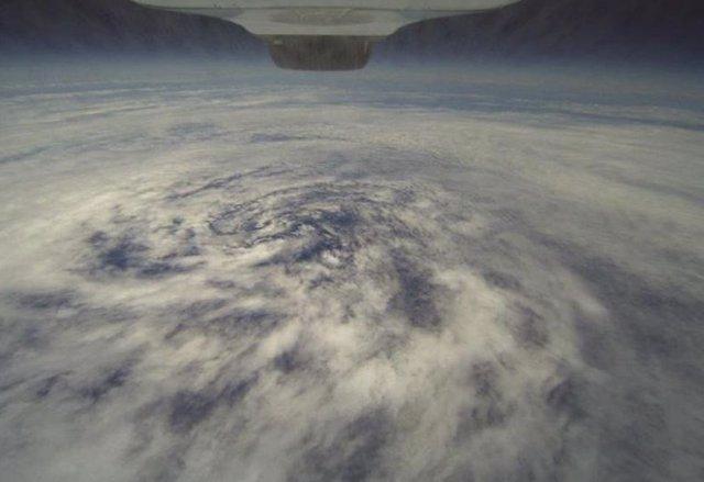 Tormenta tropical vista desde el espacio