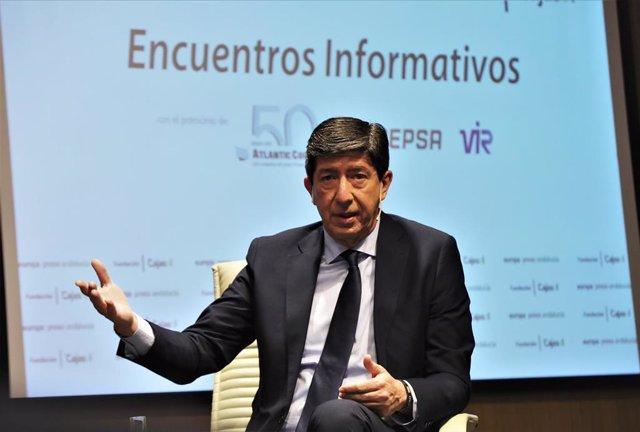El vicepresidente de la Junta y consejero de Turismo, Regeneración, Justicia y Administración Local, Juan Marín, intervienen en los desayunos informativos de Europa Press Andalucía.