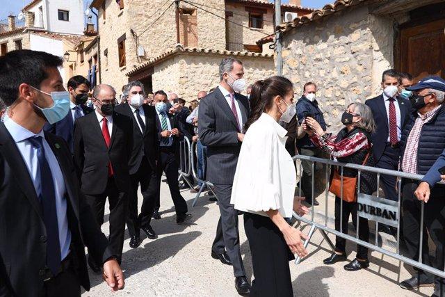 Los Reyes asisten en Fuedetodos a la conmemoración del 275 aniversario del nacimiento de Francisco de Goya