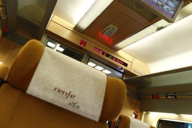 Archivo - Interior del AVE, Alta Velocidad, Renfe, viaje, viajar, turismo