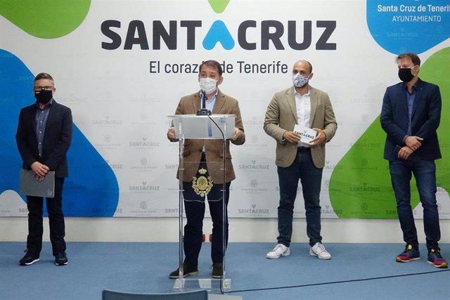 El alcalde de Santa Cruz de Tenerife, José Manuel Bermúdez, en la presentación del congreso de ciberseguridad 'Hackron'