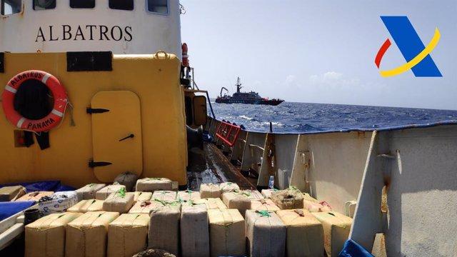 Droga incautada por la Agencia Tributaria en un pesquero con bandera panameña que navegaba al sur de Canarias