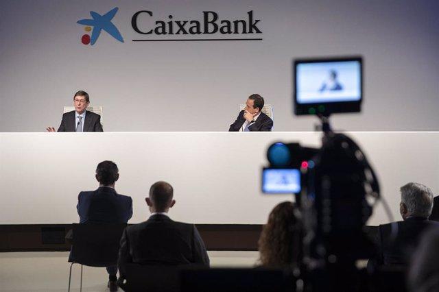 El president de CaixaBank, José Ignacio Goirigolzarri, i el conseller delegat, Gonzalo Gortázar