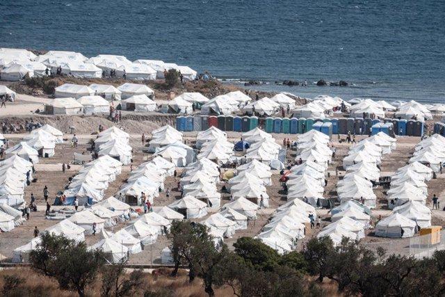 Archivo - Campo de migrantes de Karatepe, en Lesbos