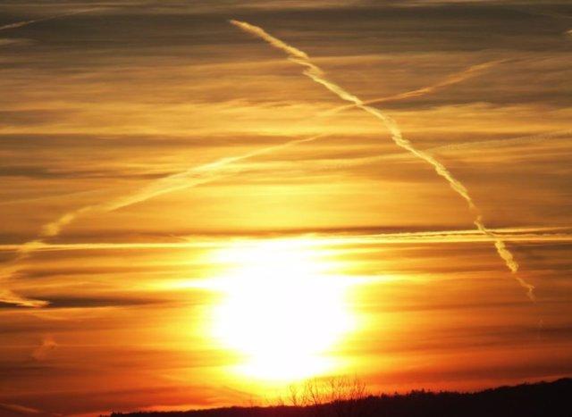 Archivo - Esparcir aerosoles en la atmósfera parece no ser un buen remedio para el calentamiento global