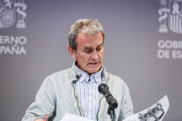 El director del Centro de Alertas y Emergencias Sanitarias (CCAES), Fernando Simón durante una rueda de prensa convocada ante los medios, en el Complejo de La Moncloa, Madrid, (España), a 29 de marzo de 2021.