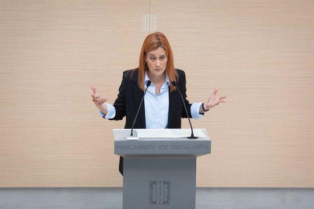 La líder dels comuns al Parlament, Jéssica Albiach, en la segona sessió d'investidura al Parlament.