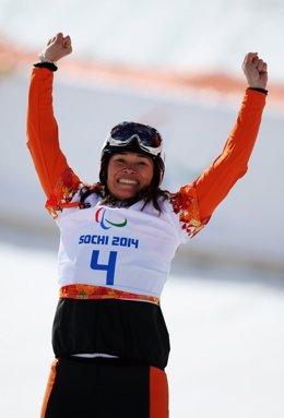 Archivo - La snowboarder neerlandesa Bibian Mentel-Spee, tres veces campeona paralímpica