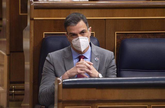 El presidente del Gobierno, Pedro Sánchez, durante una sesión plenaria en el Congreso de los Diputados, Madrid, (España), a 24 de marzo de 2021. Este pleno, marcado por la campaña electoral de Madrid del próximo 4 de mayo, supone la última sesión de contr