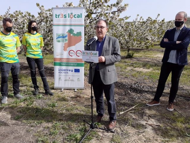 El director general d'Alimentació, Qualitat i Indústries Agroalimentàries de la Generalitat, Carmel Mòdol, a Corbins (Lleida) el 30 de març del 2021.