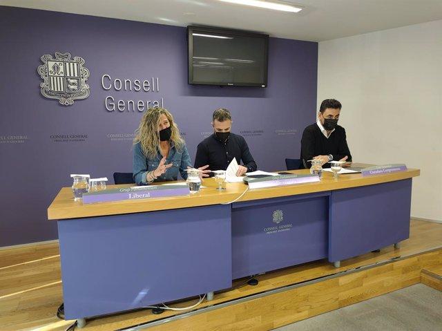 Els consellers generals Eva López, Joan Carles Ramos i Raul Ferré.