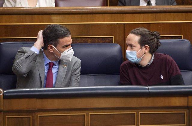 El presidente del Gobierno, Pedro Sánchez, y el exvicepresidente segundo del Gobierno Pablo Iglesias.