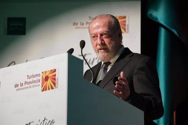 Archivo - El presidente de la Federación Andaluza de Municipios y Provincias (FAMP), Fernando Rodríguez Villalobos, en una foto de archivo.