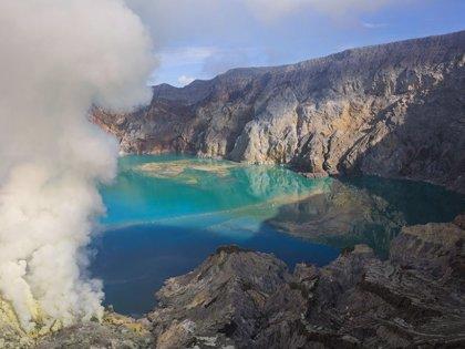 Antiguos lagos ácidos volcánicos pudieron albergar microbios