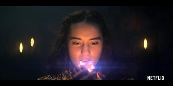 1. Tráiler de Sombra y hueso: La batalla de la luz contra la oscuridad llega a Netflix