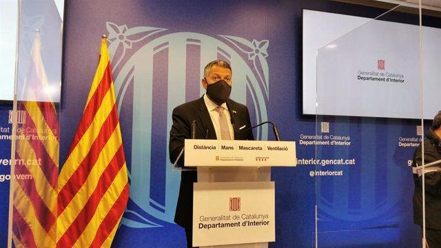 El conseller d'Interior, Miquel Sàmper, en una roda de premsa. Catalunya, (Espanya), 31 de març del 2021.
