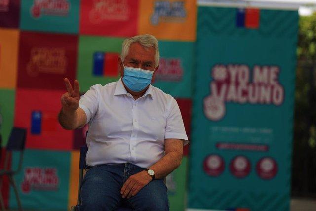 El ministro de Sanidad de Chile, Enrique Paris.