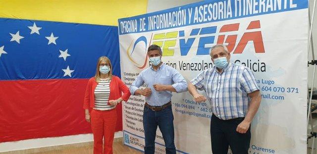 Leopoldo López visita en Vigo la sede de la Federación Venezolana de Galicia con el presidente de Fevega, Manuel Pérez