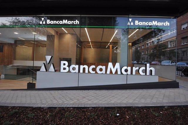 Archivo - Sede y logo de Banca March.