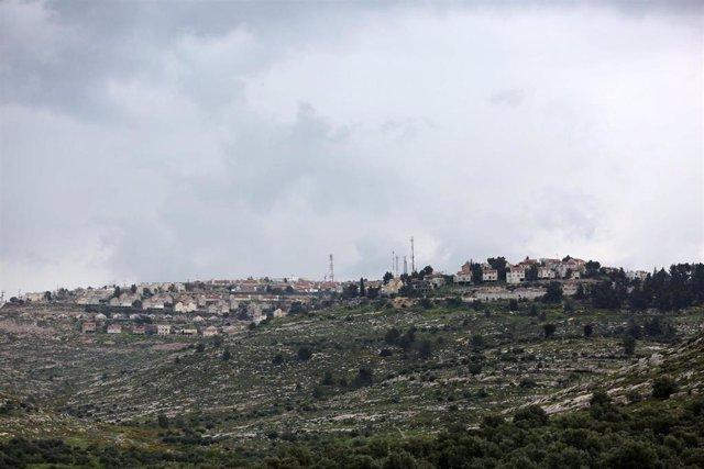 Archivo - Vista general del asentamiento israelí de Elon Moreh, situado cerca de la ciudad palestina de Nablús, en Cisjordania