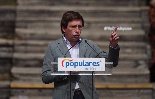 El alcalde de Madrid, José Luis Martínez-Almeida, interviene en la presentación de la candidatura del PP de Madrid para las elecciones a la Asamblea de Madrid en el Auditorio del Parque Lineal del ManzanareS.