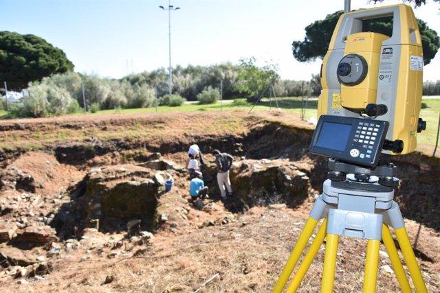 Imagen del inicio de los trabajos en el yacimiento arqueológico en El Eucaliptal.
