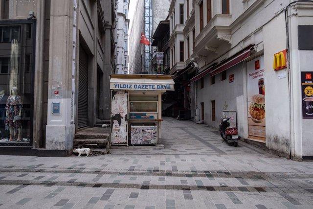 Archivo - Una calle de Estambul, en Turquía, durante la pandemia de coronavirus