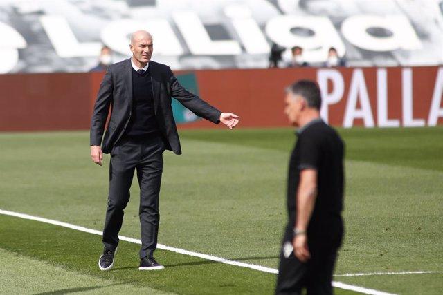 Zinedine Zidane, head coach of Real Madrid, gestures during the spanish league, La Liga, football match played between Real Madrid and SD Eibar at Alfredo Di Stefano stadium on April 03, 2021 in Valdebebas, Madrid, Spain.