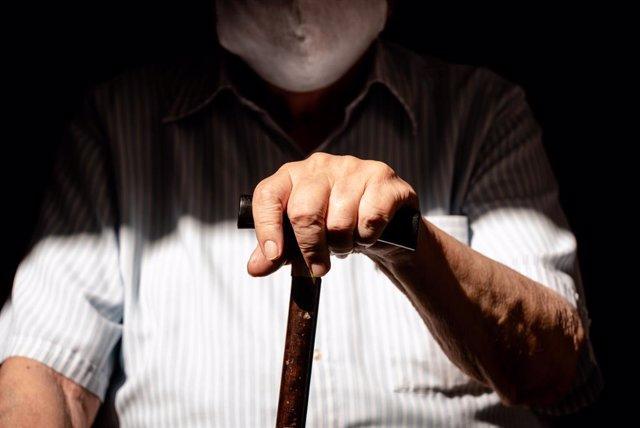 09 March 2021, Argentina, Buenos Aires: An elderly man waits to receive a dose of the coronavirus vaccine. Photo: Alejo Manuel Avila/Le Pictorium Agency via ZUMA/dpa