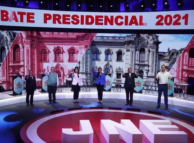Archivo - Debate entre los candidatos a la Presidencia de Perú