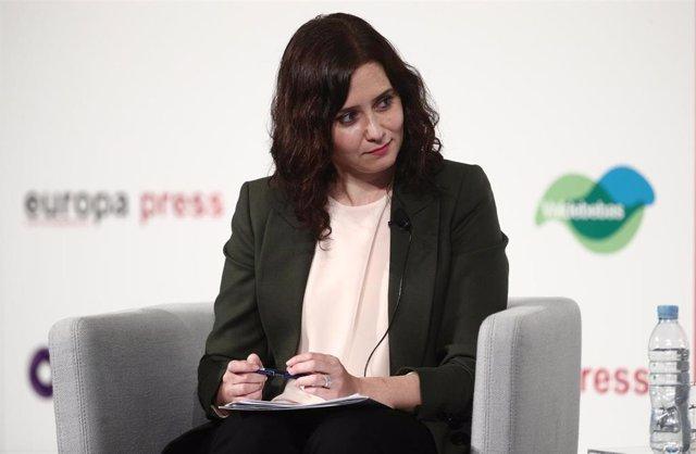 La presidenta de la Comunidad de Madrid y candidata en las elecciones del 4 de mayo en la región, Isabel Díaz Ayuso, interviene en un Desayuno Informativo de Europa Press, en Madrid, (España), a 5 de abril de 2021.