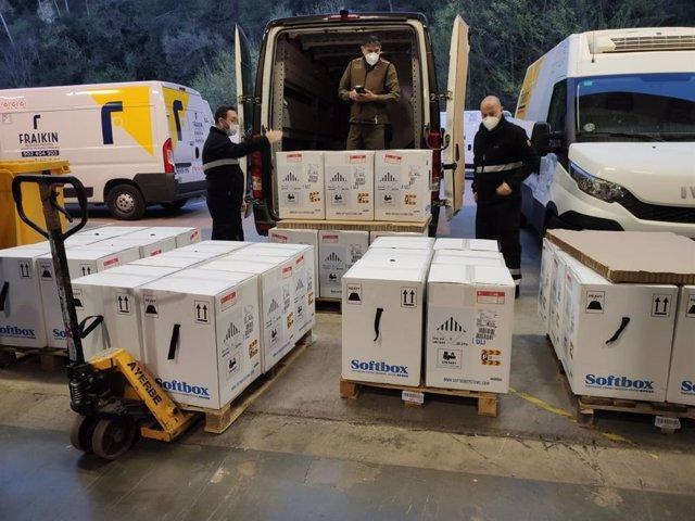 L'entrega de 193.050 vacunes de Pfizer arriben a Catalunya
