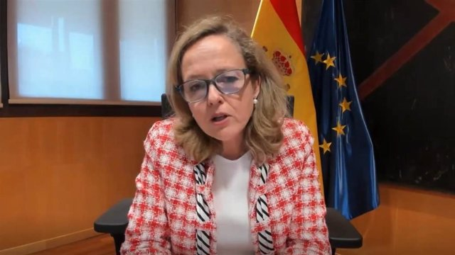 La vicepresidenta económica Nadia Calviño durante su intervención en un acto organizado por el FMI. 05/04/2021.