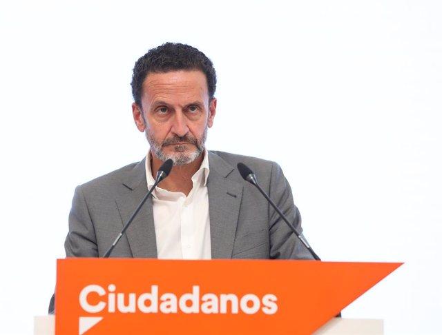 El candidato de Ciudadanos (Cs) a la Presidencia de la Comunidad de Madrid, Edmundo Bal, interviene durante una rueda de prensa tras la reunión del Comité Permanente del Partido, a 5 de abril de 2021, en Madrid (España). Cs ha reunido a su Comité Permanen
