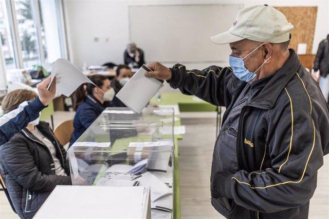 Colegio electoral en Bulgaria