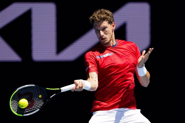Archivo - Pablo Carreno Busta of Spain in action during his third Round Men's singles match against Grigor Dimitrov of Bulgaria on Day 5 of the Australian Open at Melbourne Park in Melbourne, Friday, February 12, 2021. (AAP Image/Dave Hunt) NO ARCHIVING,