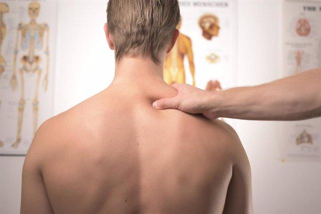 Archivo - Dolor de espalda