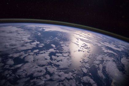 Reflejar luz solar para enfriar la Tierra suscita beneficios y riesgos