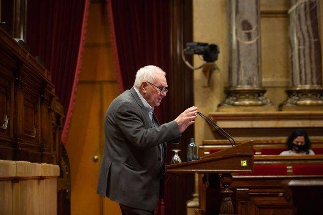 Archivo - Arxiu - El diputat d'ERC, Ernest Maragall intervé en una sessió plenària al Parlament. Catalunya (Espanya), 15 de desembre del 2020.